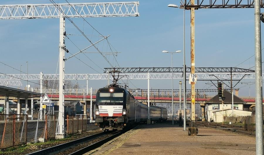 E20 Warszawa – Poznań: Modernizacja nie skończy się w tym roku