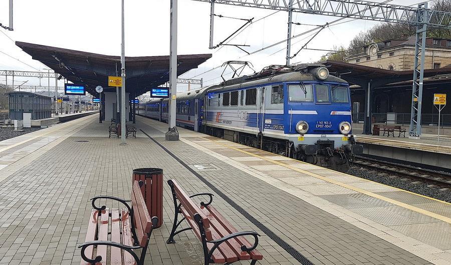 Kolej Karkonoska: Do Karpacza powinny wrócić także pociągi PKP Intercity