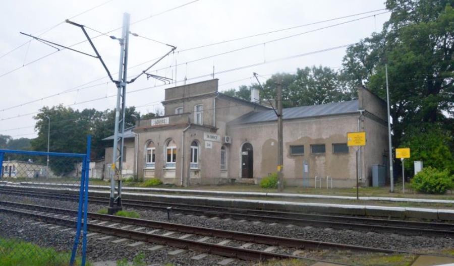 ZUE przebuduje sieć trakcyjną na E59 Dobiegniew – Słonice dla Strabagu