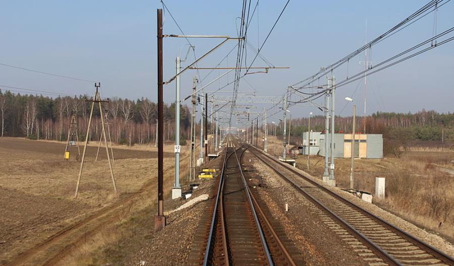 Łódzkie: W Białej Rawskiej stacji pasażerskiej na CMK nie będzie