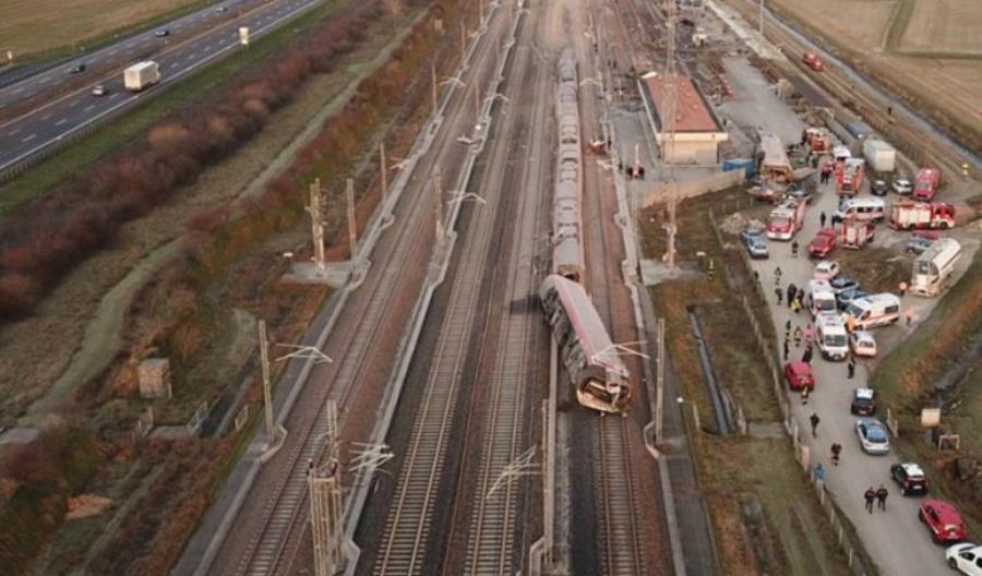 Katastrofa na włoskiej KDP, dwie osoby nie żyją [aktualizacja]