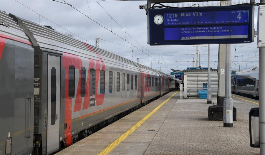 Koronawirus coraz mocniej uderza w kolej. Nie pojedzie pociąg Moskwa - Nicea