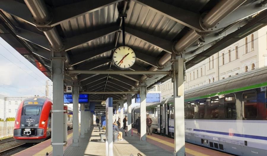 PKP PLK podpisały umowę na projekt przebudowy linii 131 na Kujawach
