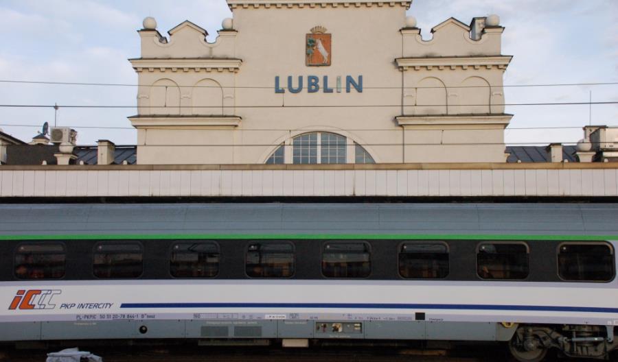 PKP IC: Nowe przystanki i lokomotywy w Polsce południowo-wschodniej
