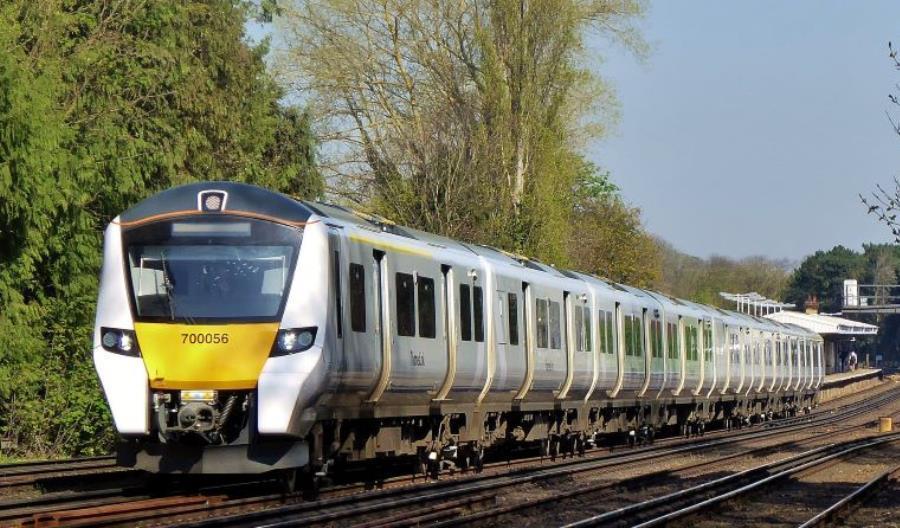 Wielka Brytania: Rząd próbuje ratować franczyzy kolejowe