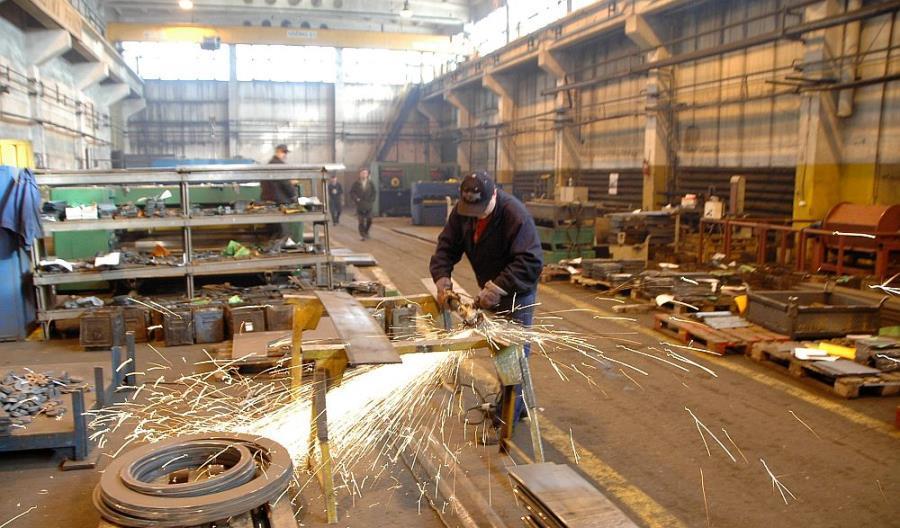 Produkcja, kolej: Czy grozi nam zamykanie zakładów pracy?