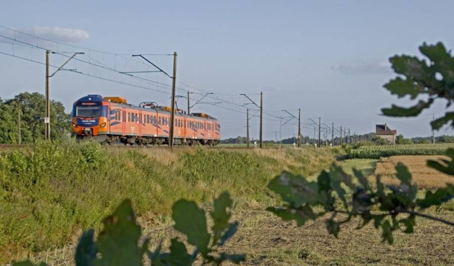 Wielkopolska zamówi przewozy kolejowe bez przetargu na 10 lat