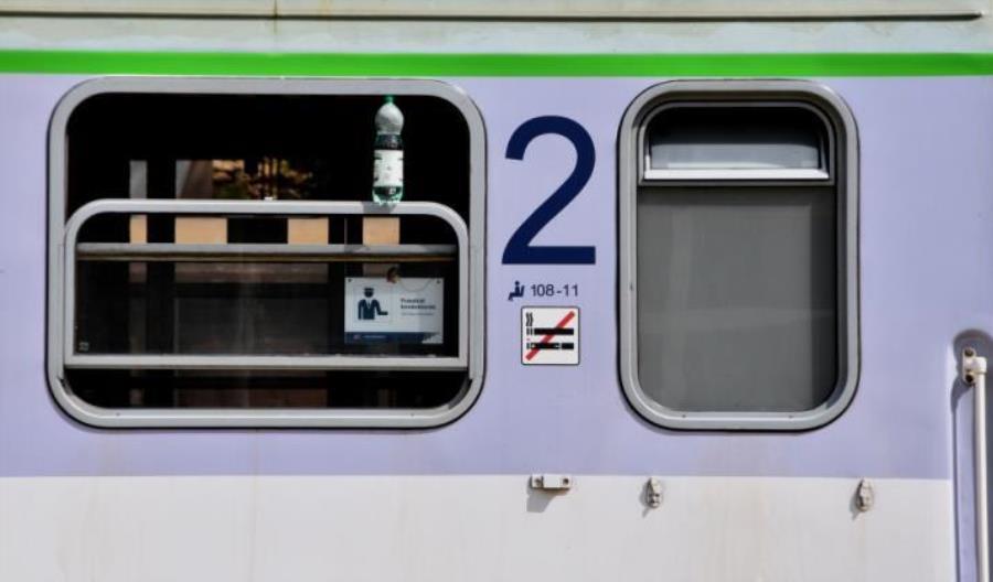PKP IC: O 94% pasażerów mniej z powodu pandemii