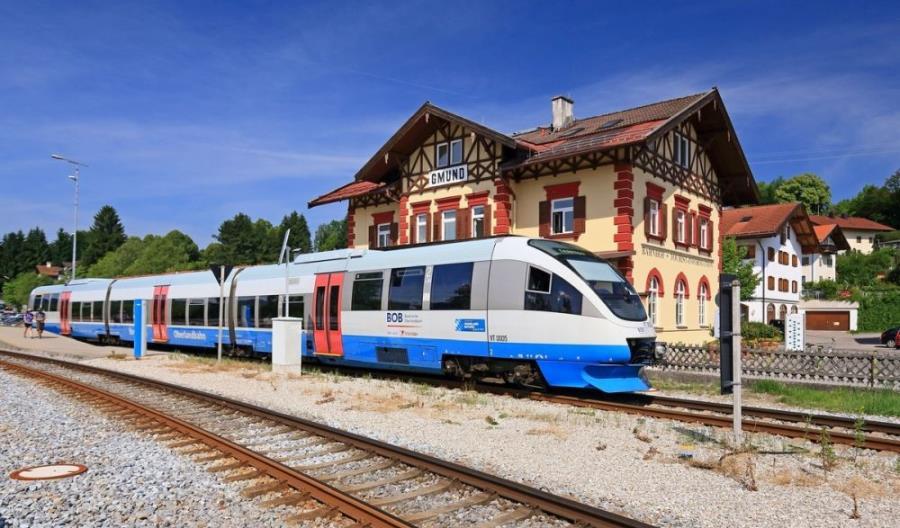 Transdev konsoliduje marki swoich pociągów regionalnych w Bawarii