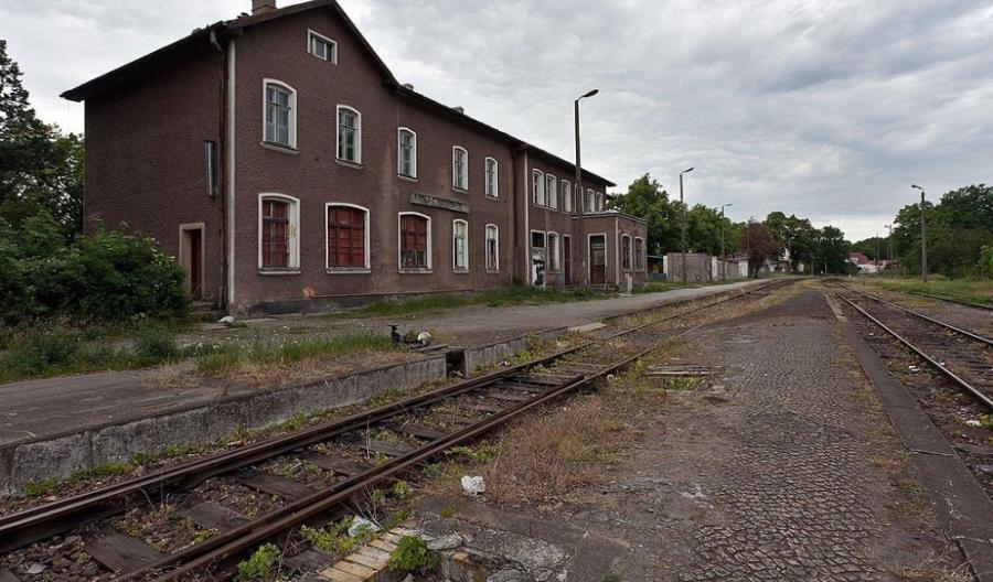 Linia do Barnówka po remoncie. Prędkość to wciąż 20 km/godz.