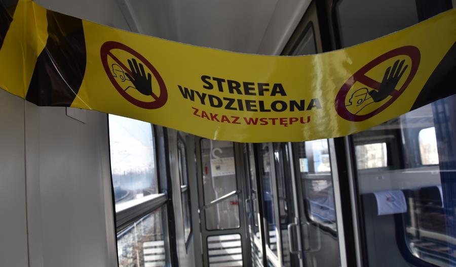 """Decyzje o uruchamianiu pociągów PKP IC podczas majówki i później podejmowane """"na bieżąco"""""""