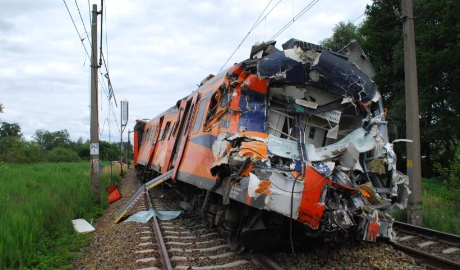Polregio: Rozbity EN57AL będzie skasowany