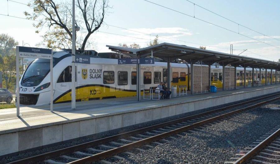 Rok temu pociągi powróciły do Lubina. Jak miasto postrzega reaktywację?
