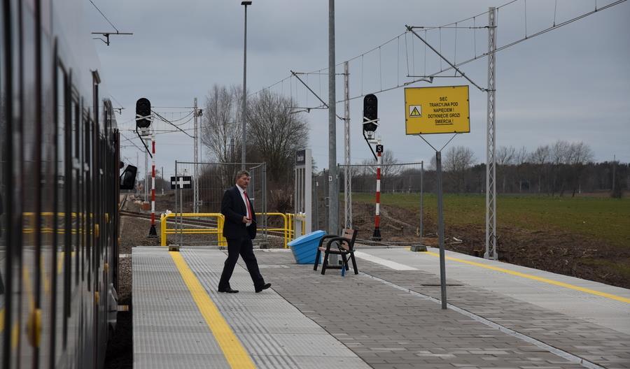 Pociąg TLK do Ustki poczeka na wolny tor 83 minuty. Mijanka w Charnowie nie będzie działać