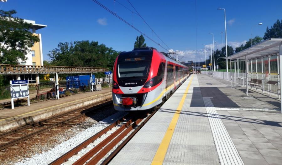 Łódź: Gotowy pierwszy peron na Żabieńcu
