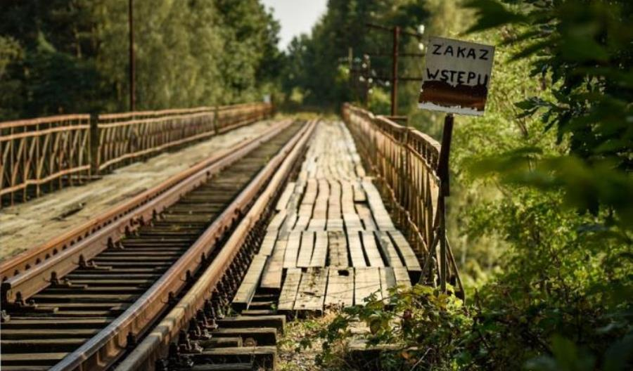 Reżyser M:I7 zabiera głos w sprawie mostu w Pilchowicach. I pisze bzdury