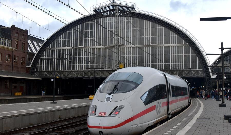 """""""Nie"""" dla obowiązkowej rezerwacji miejsc w niemieckich pociągach"""