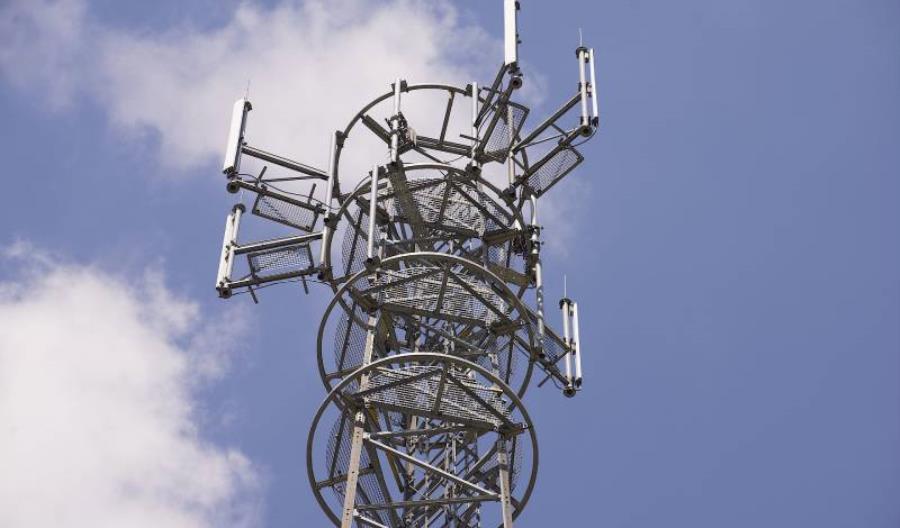 Zbliża się kres radia 150 MHz na kolei. Obowiązkowa będzie komunikacja GSM-R