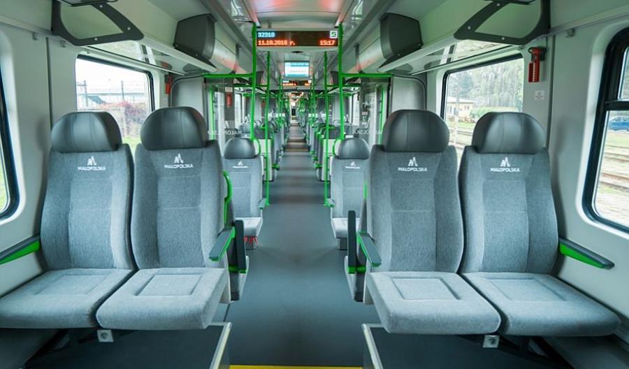 Przewoźnicy kolejowi: Trzeba znieść limity miejsc w transporcie publicznym