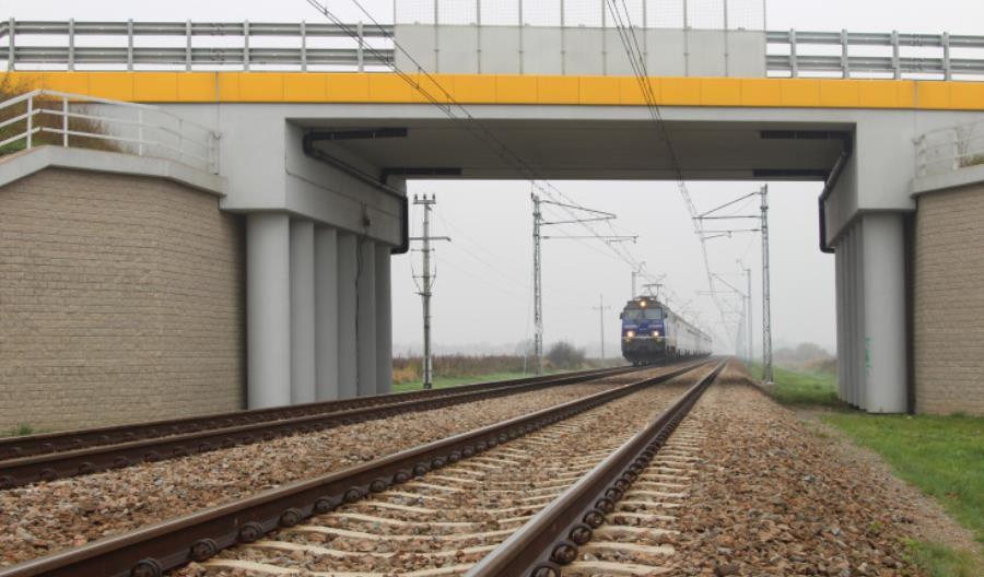 Merchel: Za rok pociąg z Krakowa dojedzie do Katowic w 45 minut