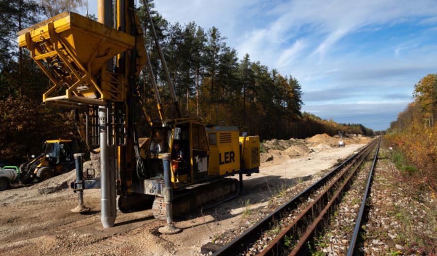 Pociągi nie wrócą na odcinek Warka – Radom także w grudniu