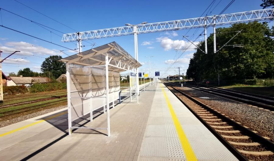 Zduńska Wola: Kiedy na nowych peronach pojawi się niezbędne wyposażenie?