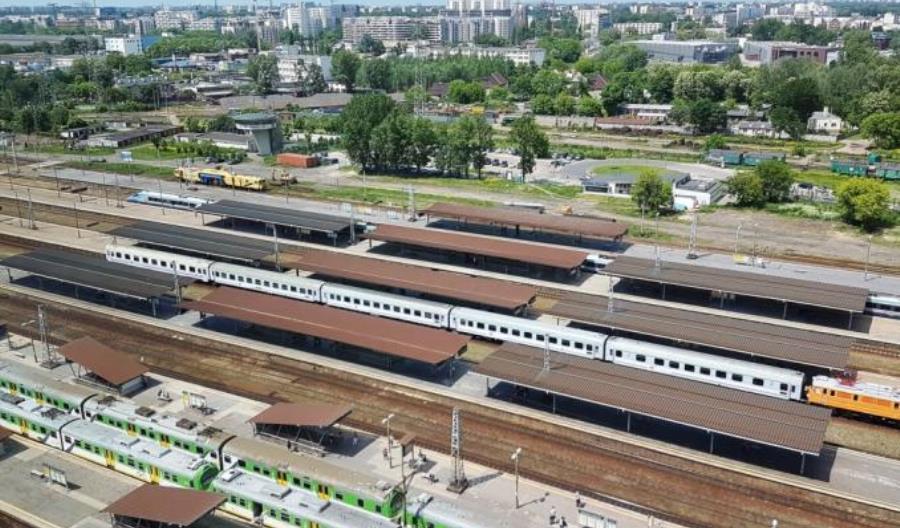 Warszawa Zachodnia: Pierwsze zmiany w ruchu pociągów