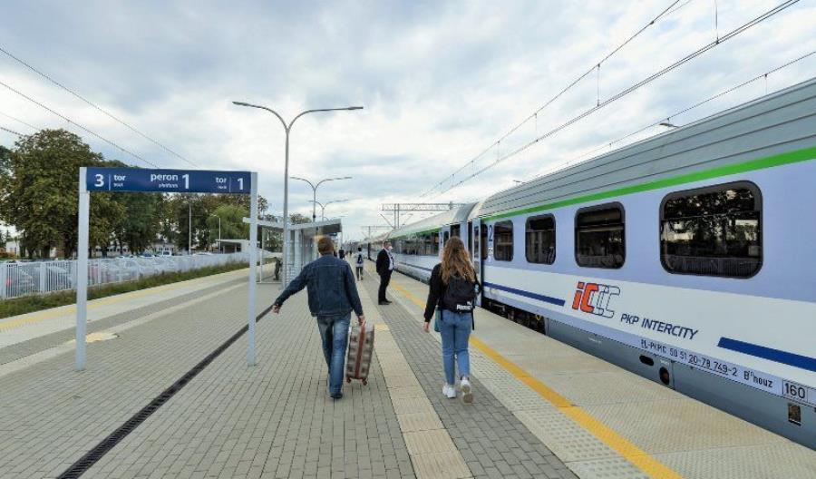 8 listopada – korekta rozkładu jazdy na kolei