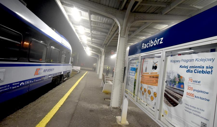 Poseł Michał Woś chciałby więcej pociągów PKP Intercity z Raciborza