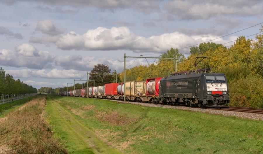 Tłok na kolejowym Jedwabnym Szlaku