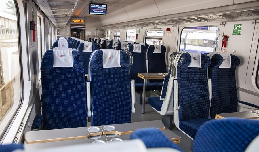 Pesa kończy modernizację 125 wagonów dla PKP Intercity. Są bezprzedziałowe
