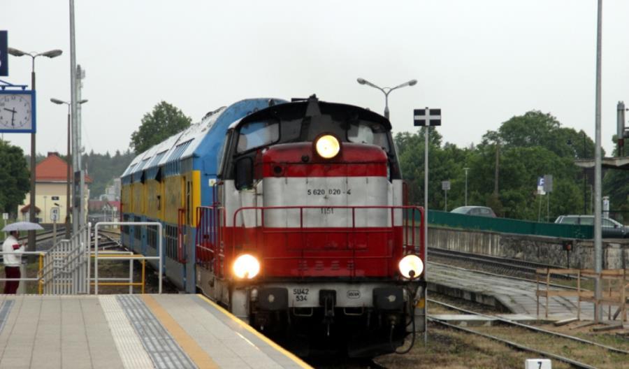 Massel: Czym zastąpić napęd spalinowy na kolei?