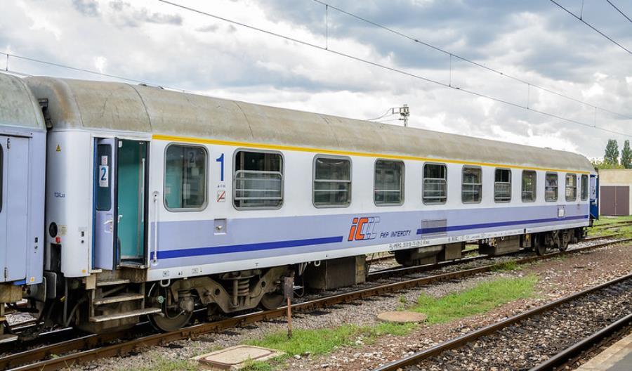Oferty ZNTK Mińsk i Mag-Train w przetargu na modernizację wagonów ALux PKP Intercity