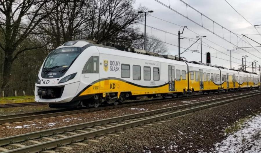 Wraca część pociągów międzynarodowych. Obowiązkowa kwarantanna