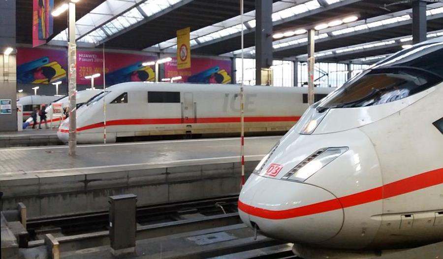 Niemcy: Bilety w pociągu do 10 minut po odjeździe [aktualizacja]