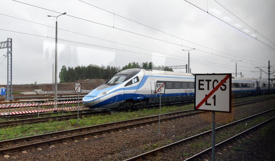Coraz więcej linii z ETCS. Ale czy korzystają z niego pociągi?