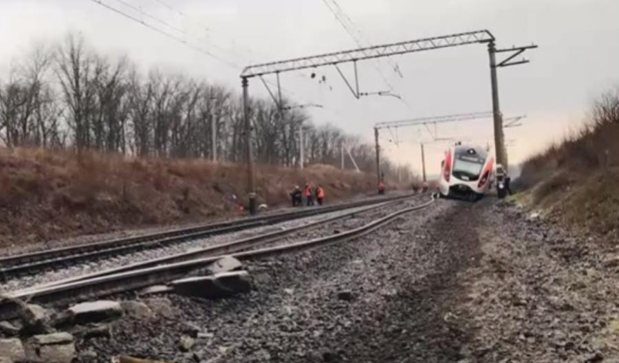 Wykolejenie ukraińskiego pociągu IC [film]