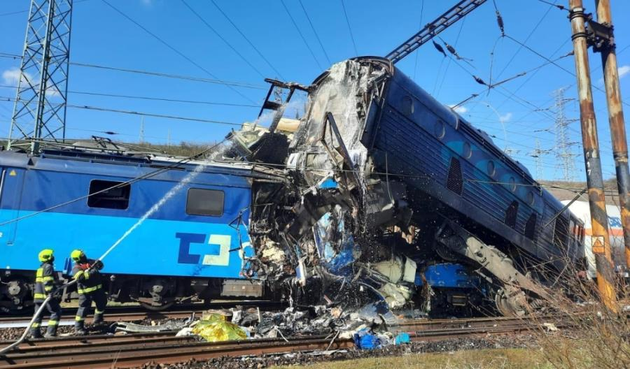 Katastrofa kolejowa w Czechach. Zderzyły się dwa pociągi towarowe