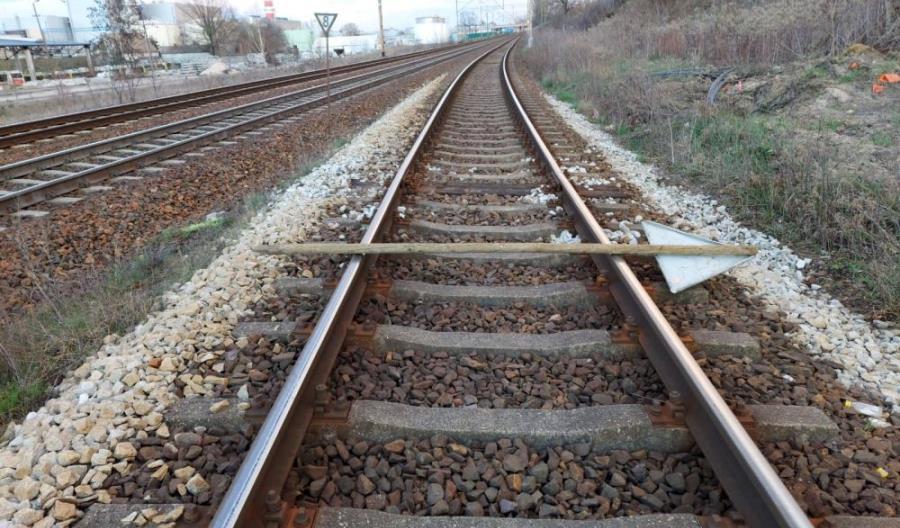 Funkcjonariusze SOK ujęli 13-letnich chłopców układających przeszkodę na torze kolejowym