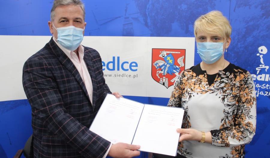 Zespół Szkół Ponadgimnazjalnych nr 6 w Siedlcach dołączył do patronackich szkół Kolei Mazowieckich