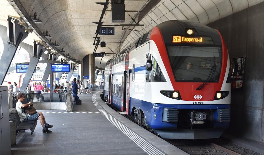 Stadler dostarczy 60 kolejnych piętrowych Kissów do Szwajcarii
