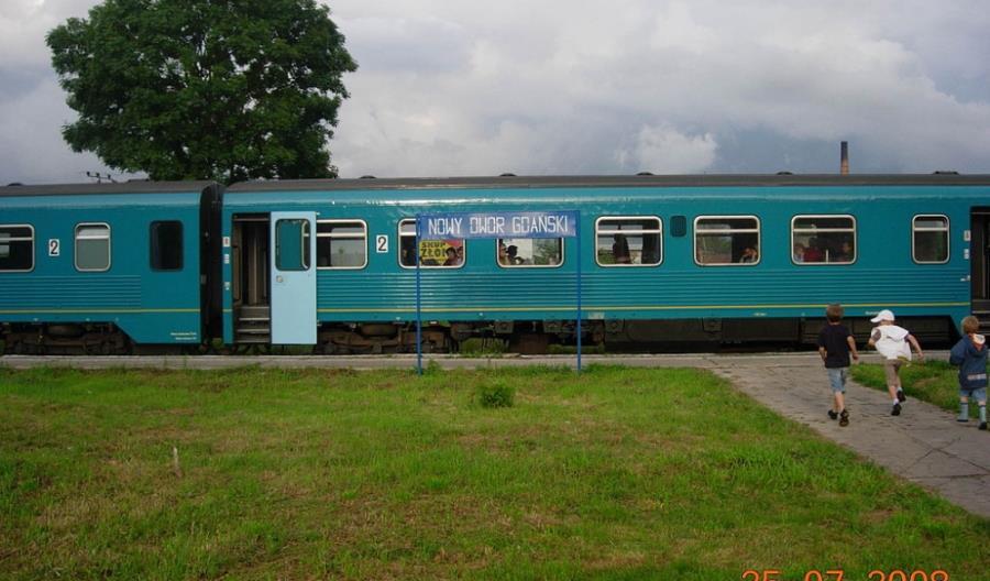 Nowy Dwór Gdański: Możliwy powrót kolei normalnotorowej. Na razie linia jest rozkradana