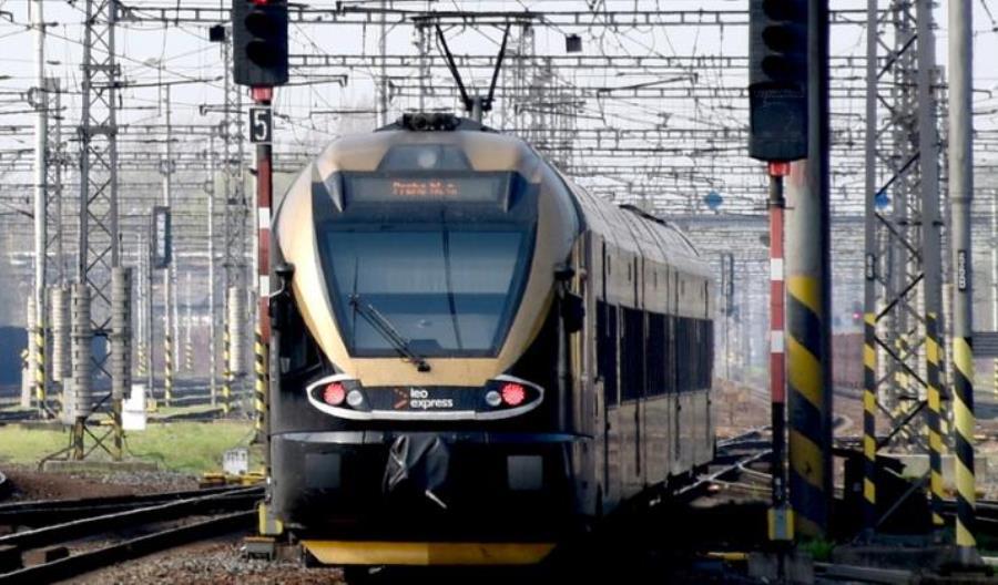 Spektakularna wpadka Leo Expressu w Krakowie. Inne godziny odjazdu na biletach, inne w rzeczywistości