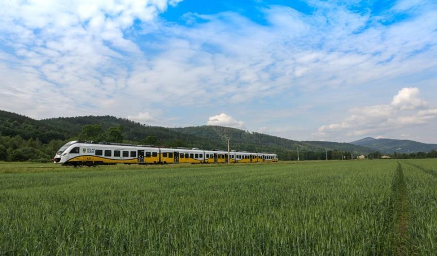 Koleje Dolnośląskie startują z letnią ofertą promocyjną
