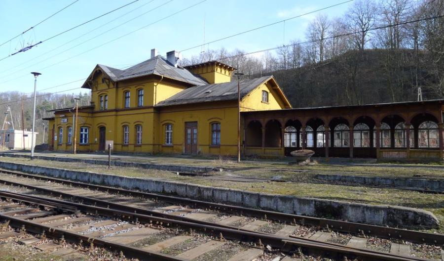 Kolej Plus: Dolny Śląsk w końcu ogłosił przetargi
