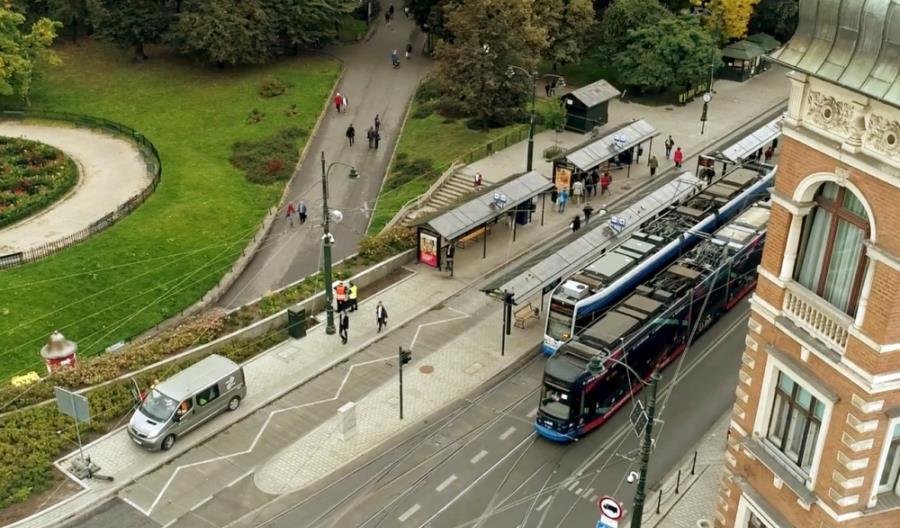 Pilz: System sterowania PSS 4000 wspiera inwestycje kolejowe i tramwajowe w Polsce