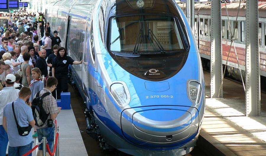 PKP Intercity pyta pasażerów o kodeks kulturalnego podróżowania