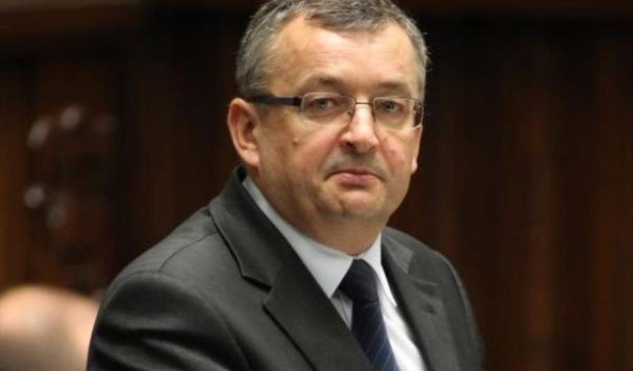 Adamczyk: Największy sukces ministerstwa to uratowanie Pesy