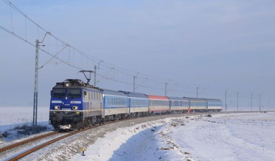 PKP IC: EP09 do 2028 roku. Co z przetargami na lokomotywy?