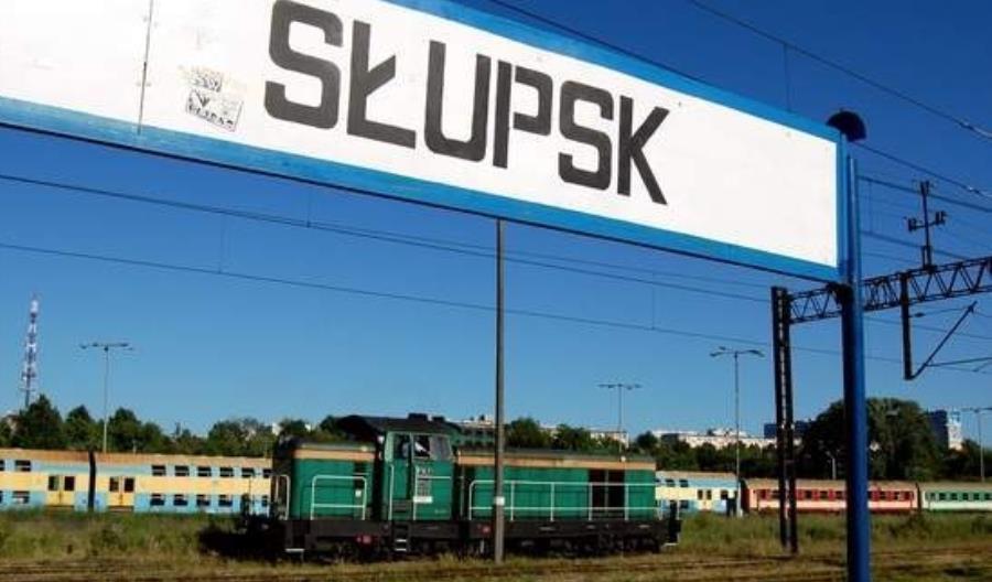 Uniewinniono aktywistkę walczącą o dwa tory do Słupska. Biedroń: Dobrze się stało